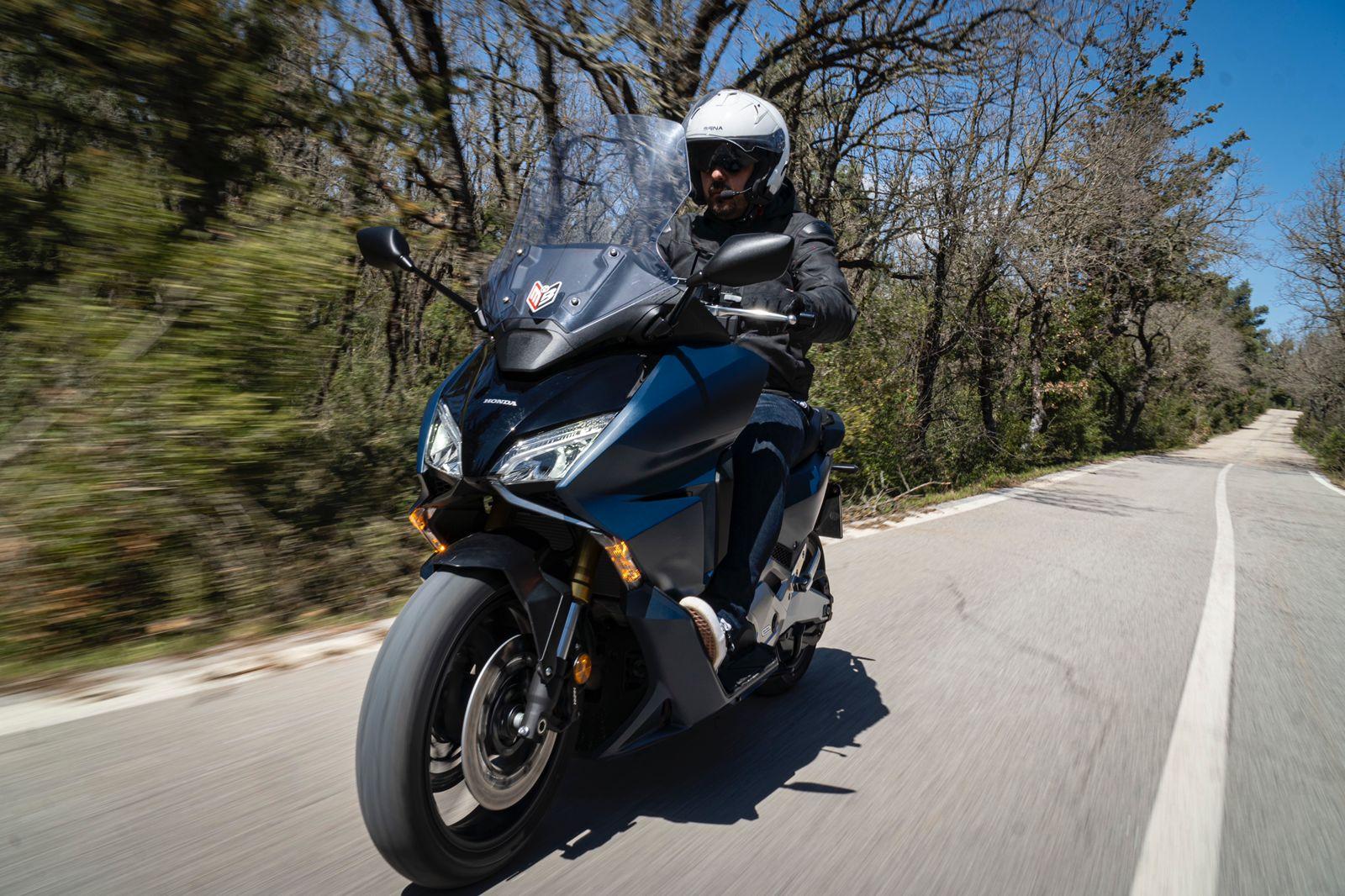 Honda Forza 750 test ride