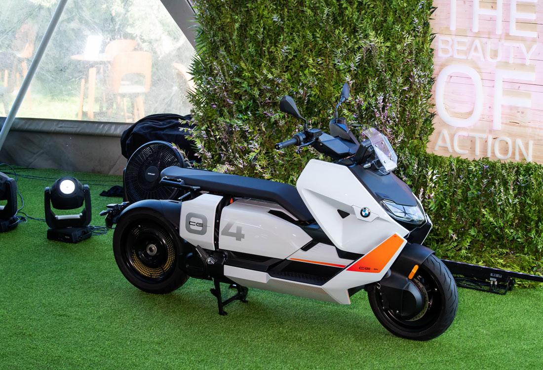 BMW CE04 2021